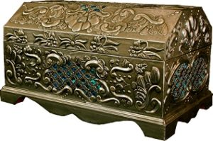 7 24 11 Wooden Chest in Pewter